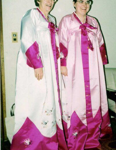 Marlin-Betty-left-with-Lori-Crocker-in-Korea-with-western-field-students-1994